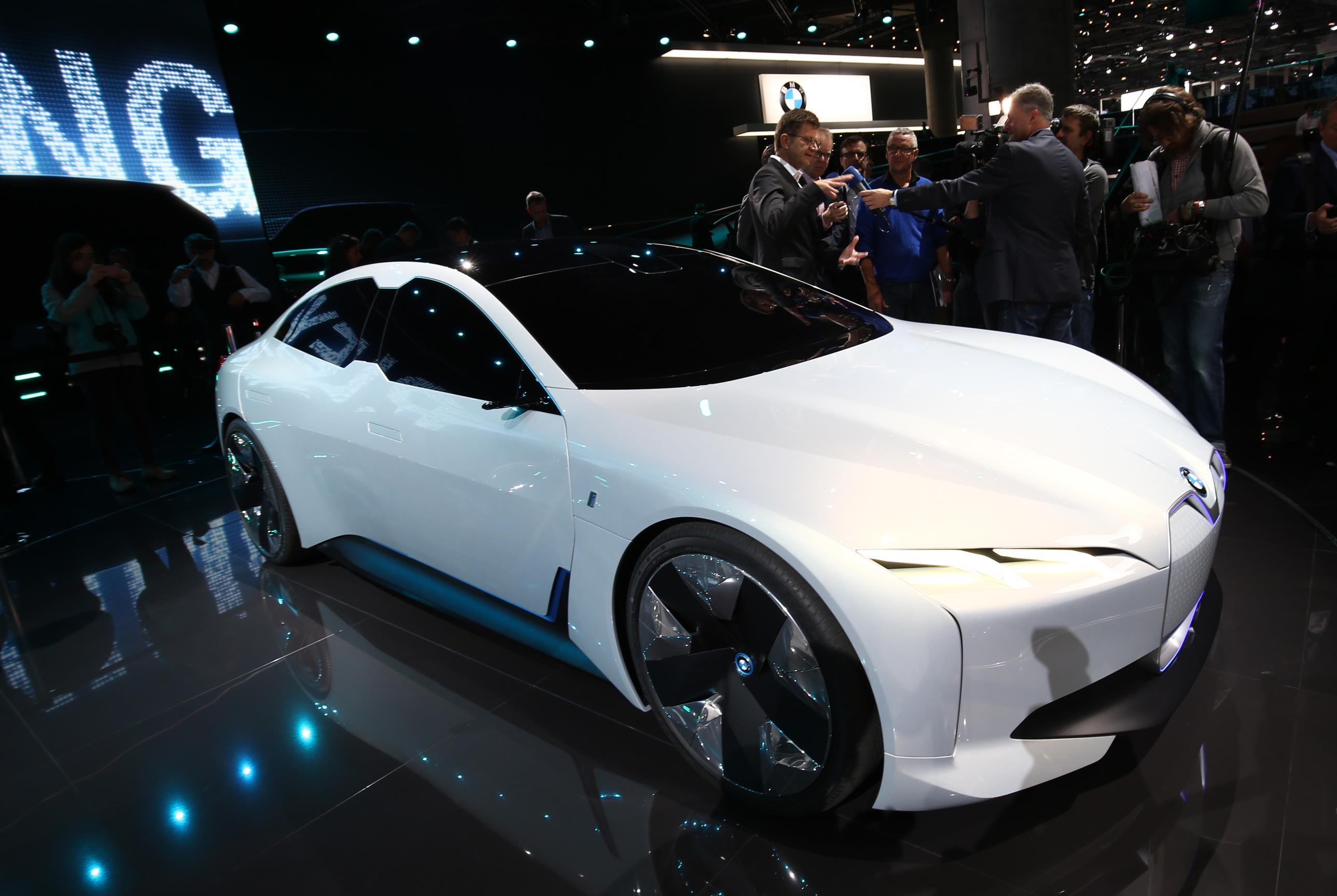 BMW i Vision Dynamics, el aperitivo del futuro i5