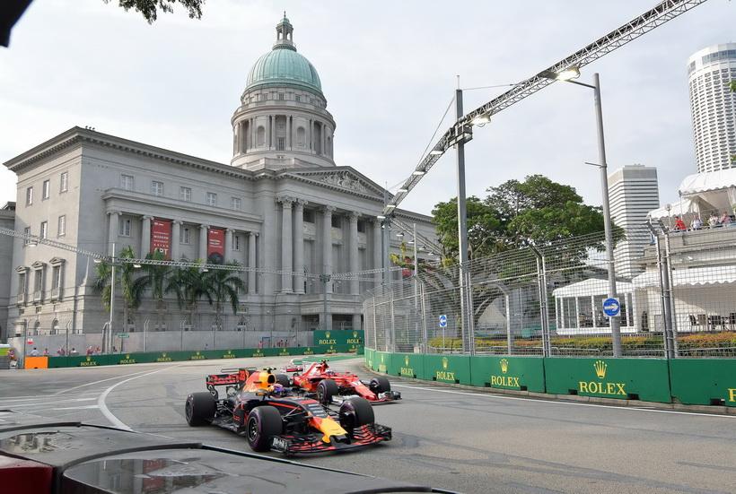 GP de Singapur: gran igualdad en la sesión libre del sábado