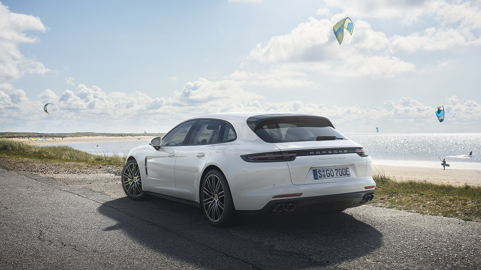 "Porsche Panamera Turbo S E-Hybrid Sport Turismo: híbrido familiar de ""sólo"" 680 CV"
