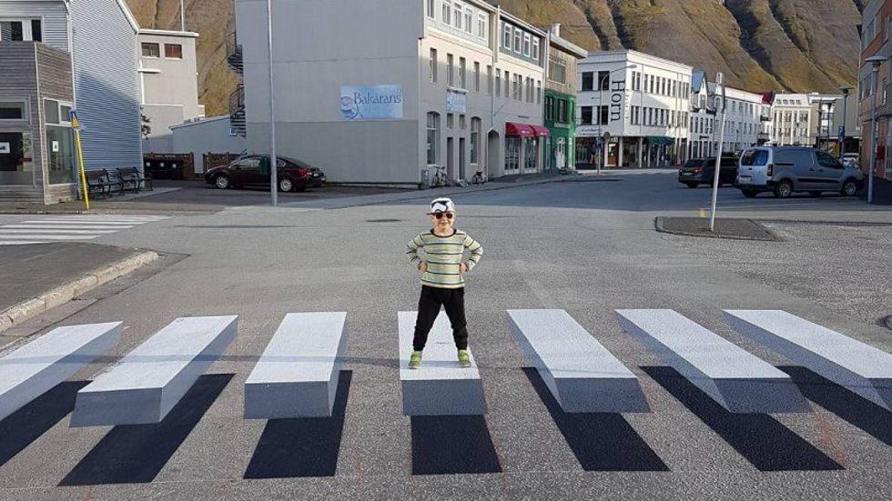 Pasos de peatones con ilusión óptica 3D: ¿eficaces contra atropellos?