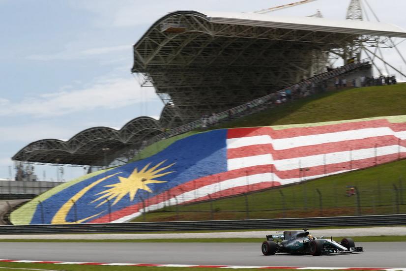 GP de Malasia: 70ª pole position para Lewis Hamilton