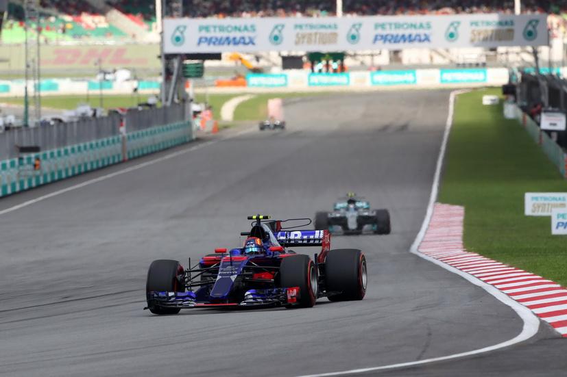 GP de Malasia: Sainz abandona por un problema de motor