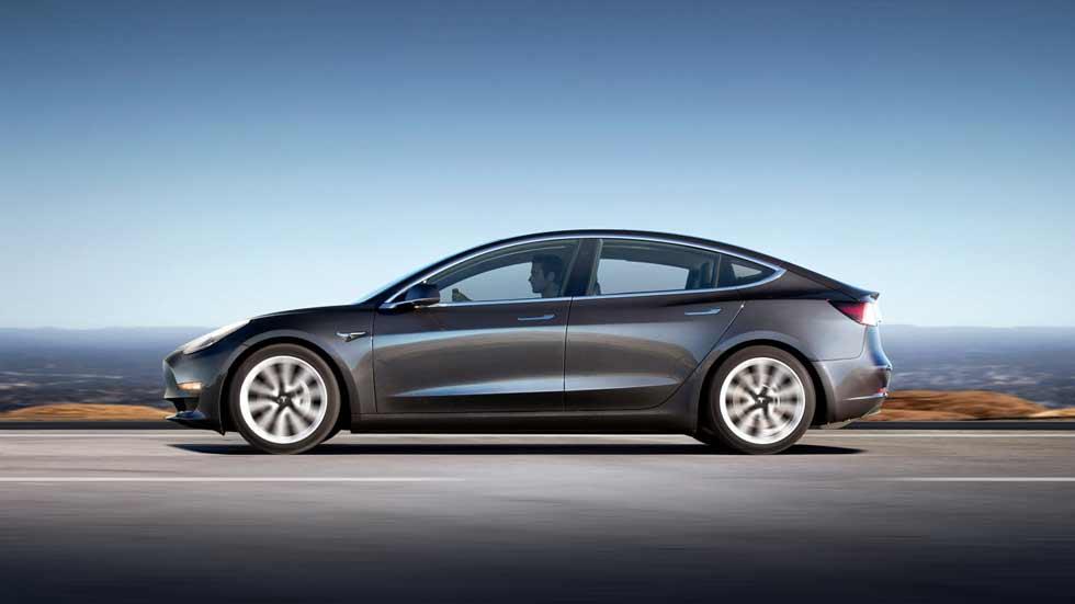 ¿Qué está pasando con el Tesla Model 3? ¿Se está fabricando?