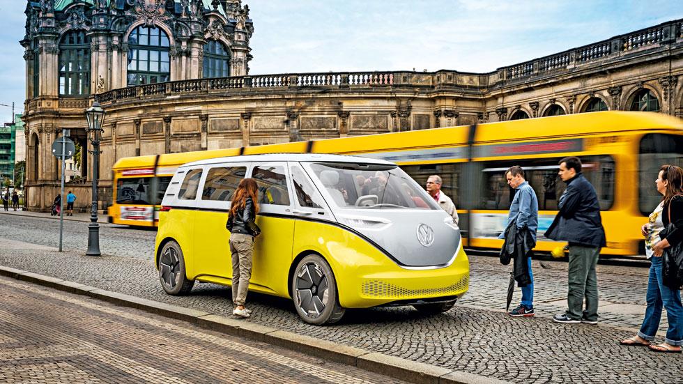 """Volkswagen I.D. BUZZ: a bordo del """"Bulli"""" eléctrico del siglo XXI"""