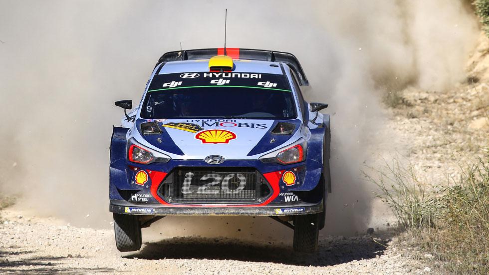 Rally de España 2017 (viernes): Mikkelsen sigue líder, Sordo sexto