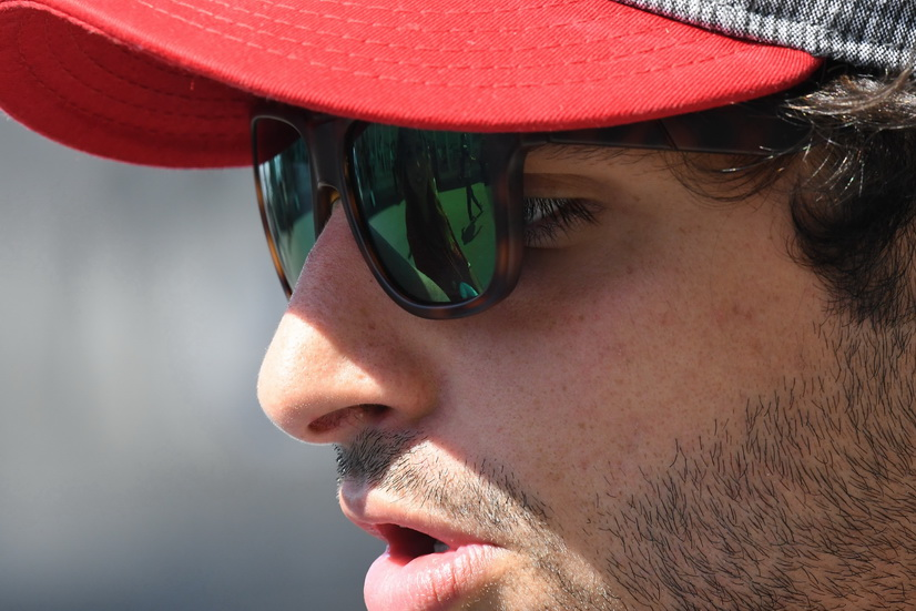 Fórmula 1: Carlos Sainz ya viste de Renault