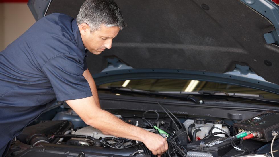Dudas: ¿Auto-mantenimiento del coche? ¿Puede borrarse el aviso de revisión?