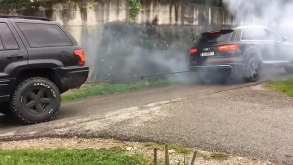 """Duelo de fuerza y remolque: Audi SQ7 vs Jeep Grand Cherokee """"viejo"""", ¿cuál gana?"""