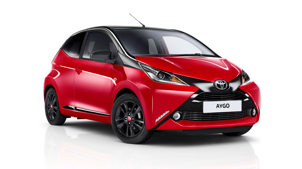 toyota aygo x cite 2017 un urbano muy chic desde euros. Black Bedroom Furniture Sets. Home Design Ideas