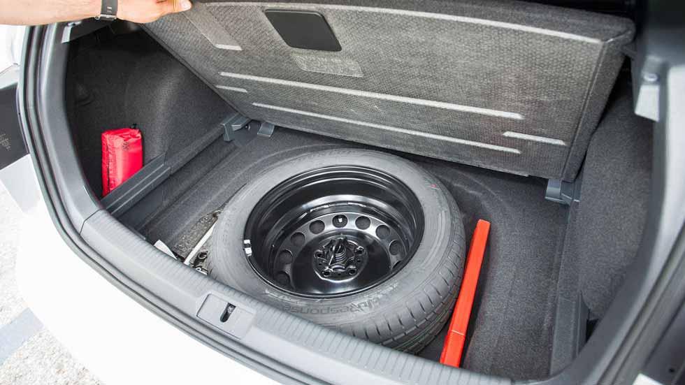 Casi uno de cada tres coches nuevos no lleva ya rueda de repuesto