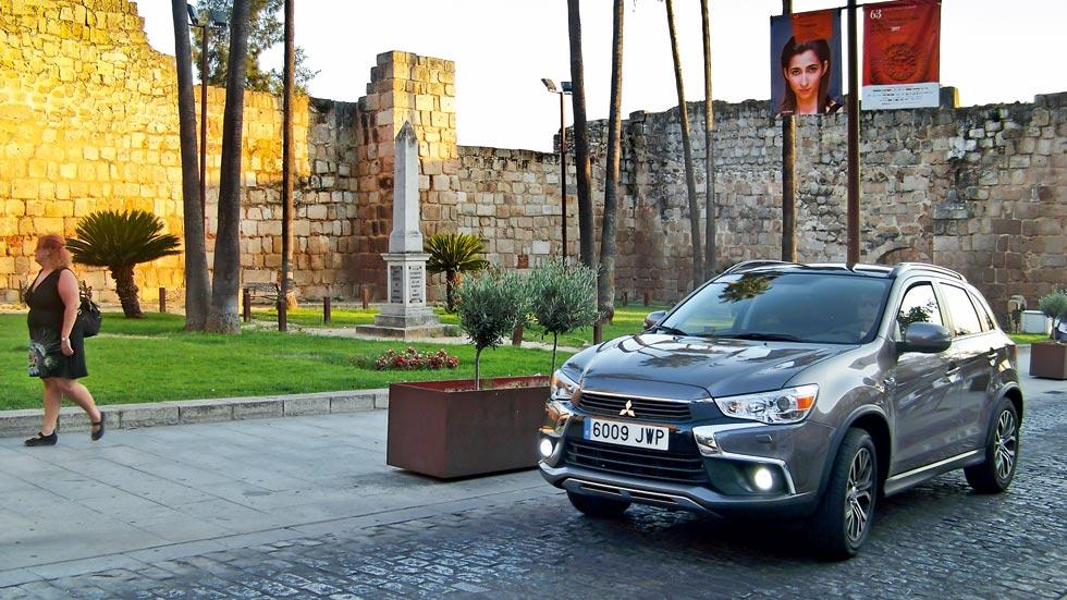 Mitsubishi ASX: viaje a la Historia en Mérida (VÍDEO)