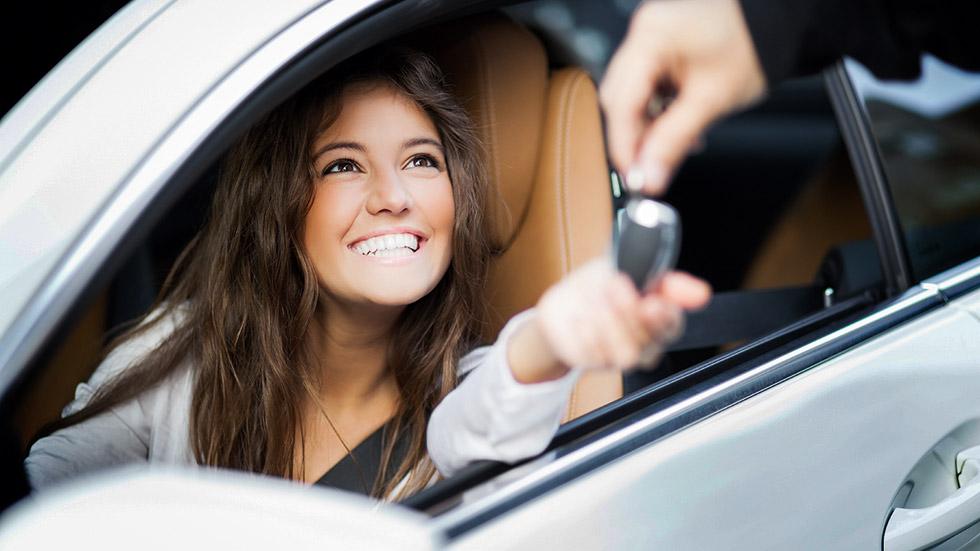 Conoce las ventajas principales de contratar un coche de renting