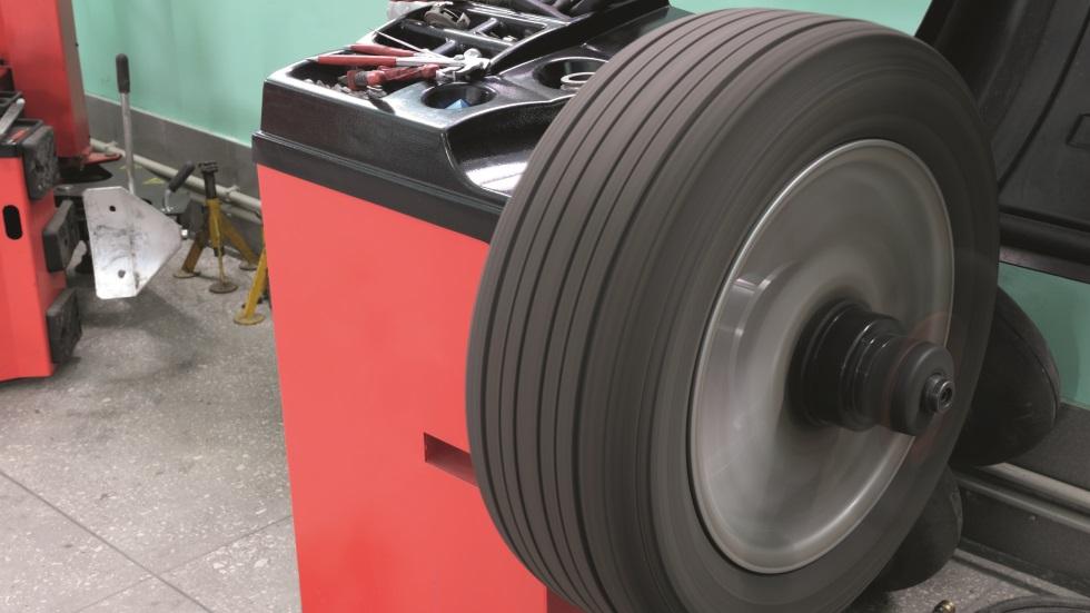 Dudas: Vibraciones con neumáticos nuevos, ¿qué puede pasar?