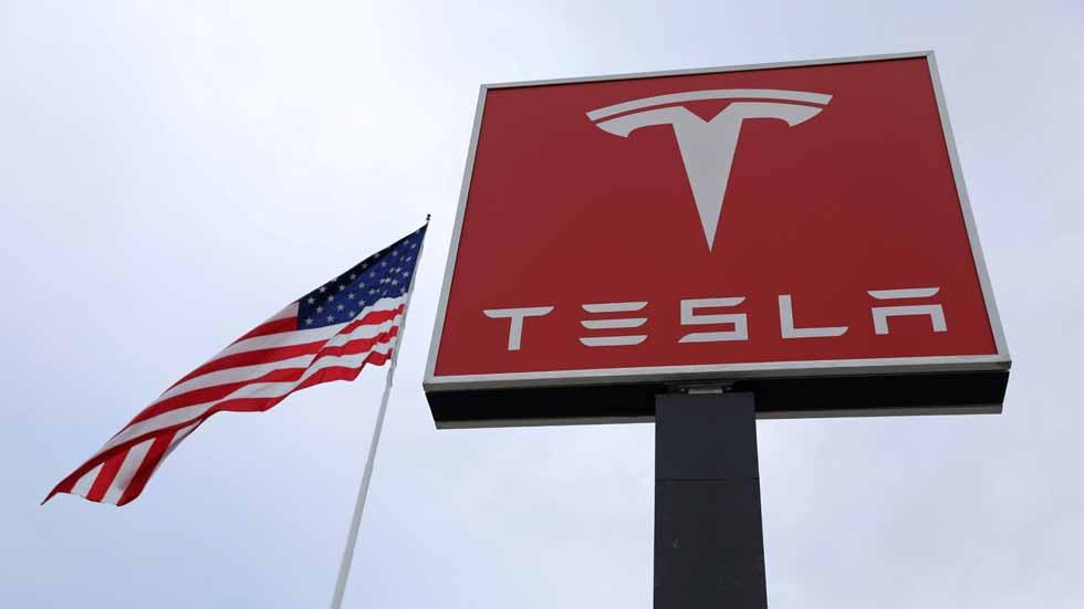 ¿La burbuja de Tesla? Récord histórico de pérdidas
