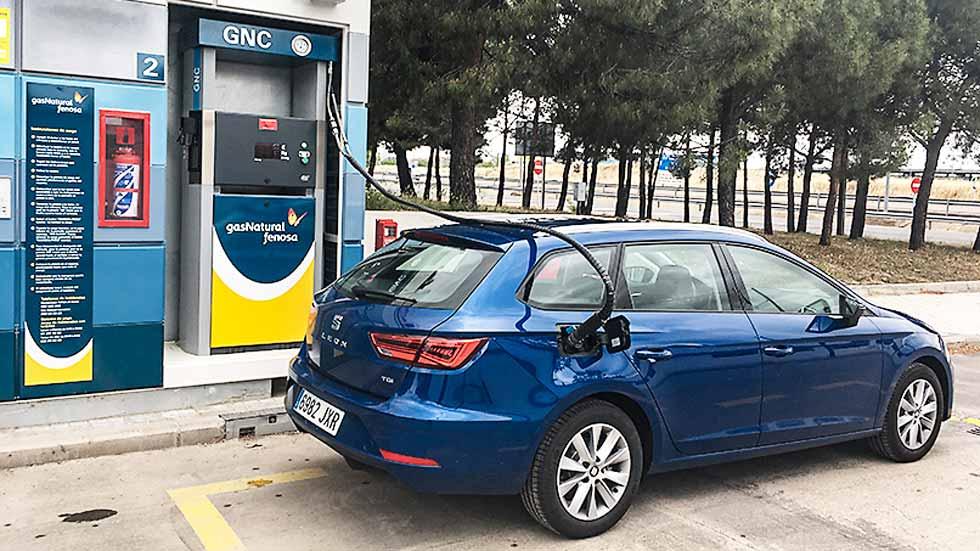 Dudas: ¿qué interesa más, un coche Diesel o uno de gas natural?