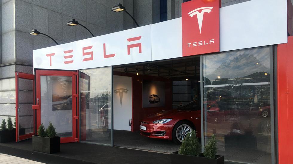 Tesla abre este mes su primera tienda en Madrid