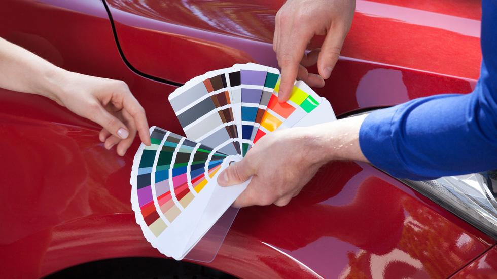 Los colores preferidos de los coches para mujeres y hombres