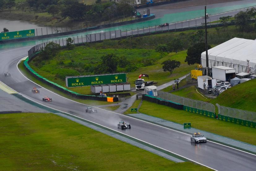 GP de Brasil: arreglos en la pista por la esperada lluvia