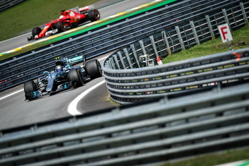 GP de Brasil: Bottas por delante de Hamilton