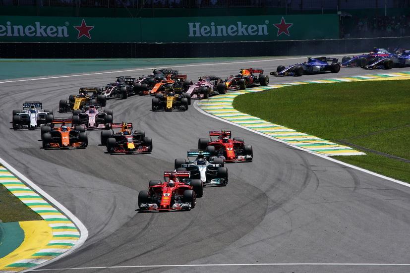 GP de Brasil: victoria de Vettel con Hamilton cerca del podio