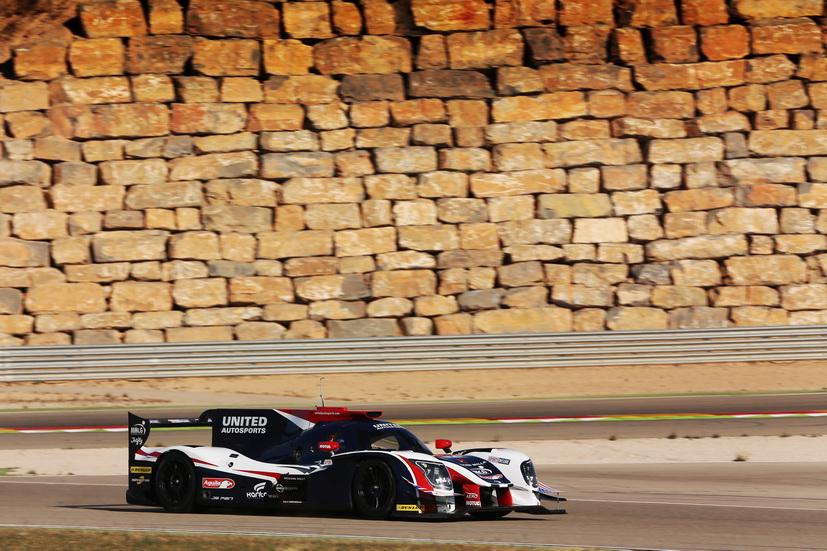 Alonso prueba en Motorland el coche con el que correrá en Daytona
