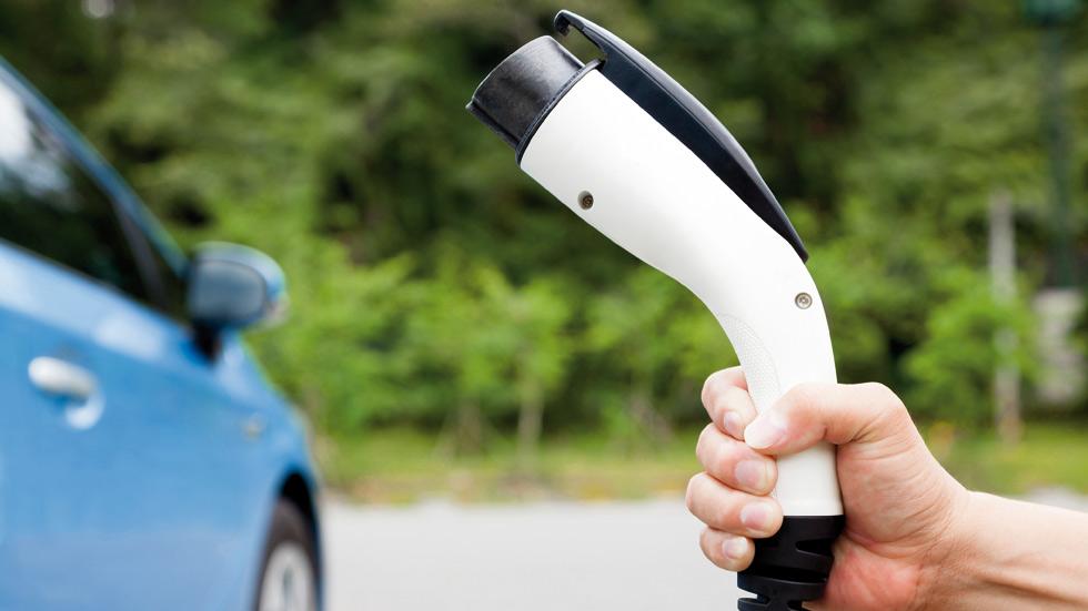 China sigue impulsando la venta mundial de coches eléctricos