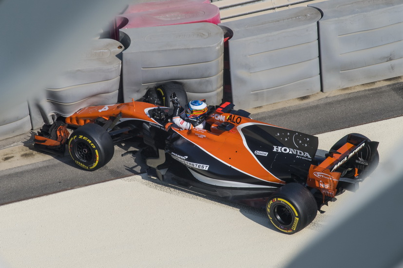 Test de Abu Dabi: accidente de Fernando Alonso