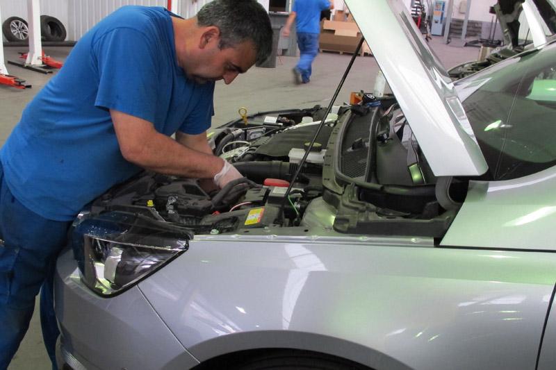 Lo que cuesta el mantenimiento en los coches más vendidos en España