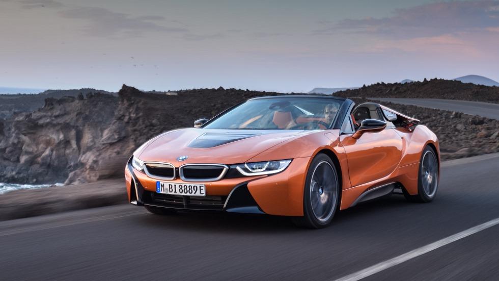 BMW i8 Roadster, con techo de lona, biplaza y más potente