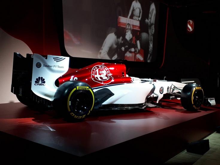 Alfa Romeo y Sauber se presentan en Milán