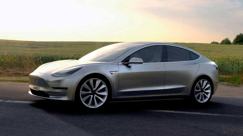 Primera prueba a un Tesla Model 3: ¿más cerca de un M3 que un Serie 3?