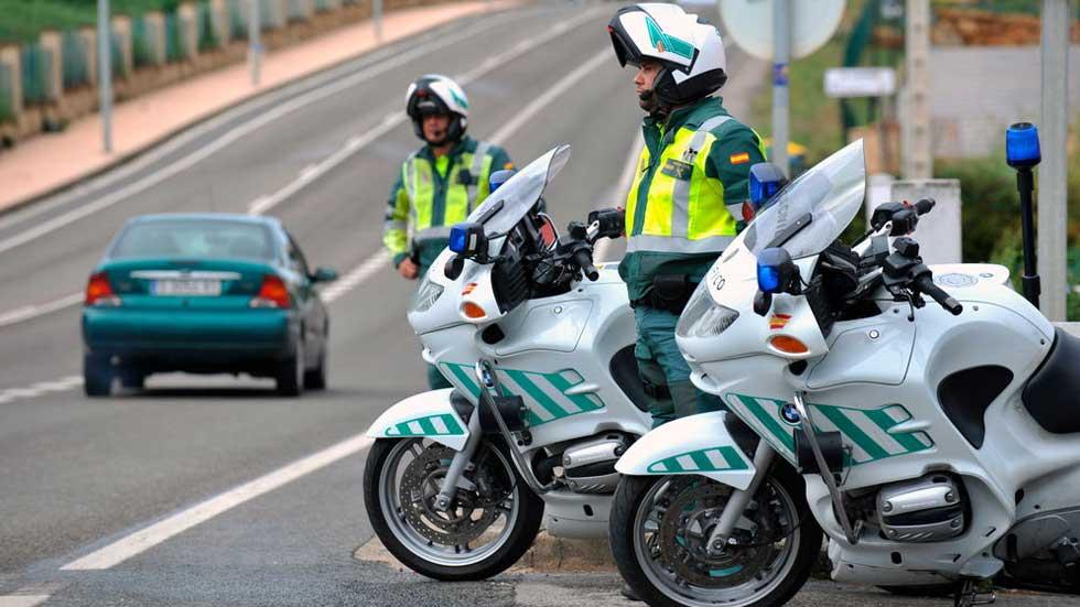 La lucha contra el auge de las carreras ilegales de coches: más radares, multas, cárcel…
