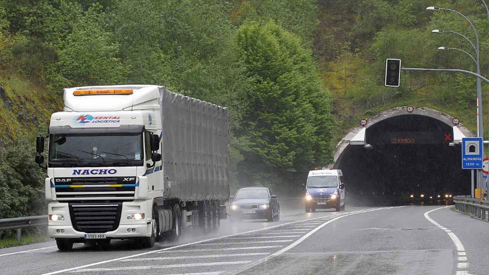 Llegan los primeros peajes exclusivos para camiones a España