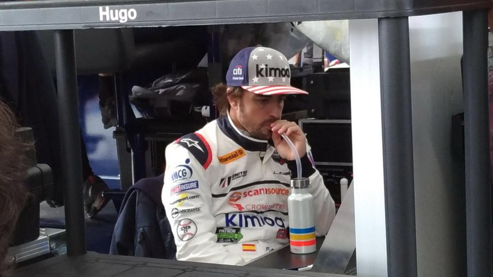 24 Horas de Daytona: Alonso preparado en su garaje