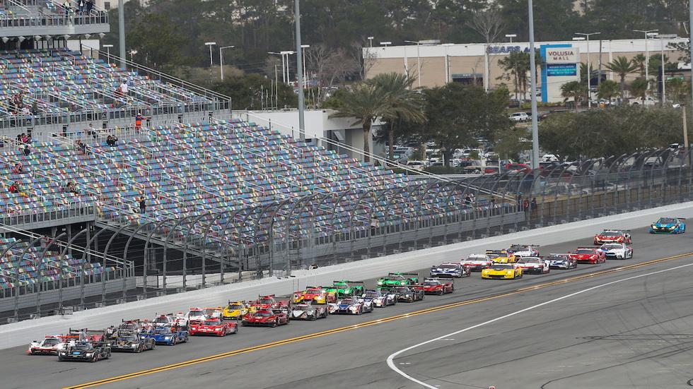 24 Horas de Daytona: primera vuelta y Alonso sigue decimotercero