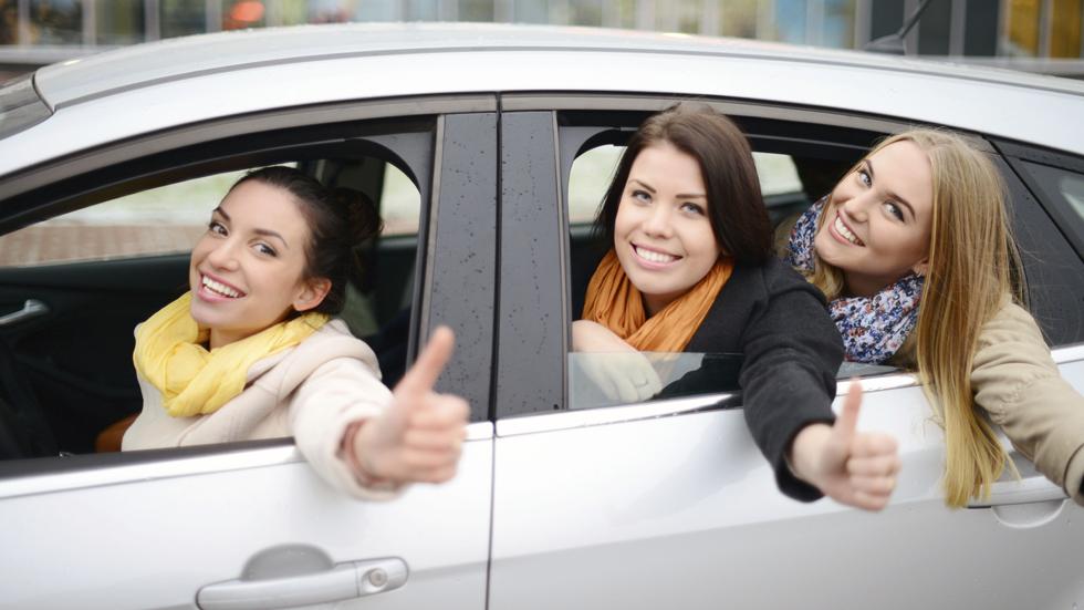 La mitad de los europeos no necesita coche en propiedad