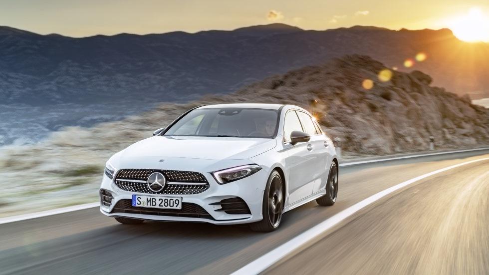 ¡Oficial! Mercedes Clase A 2018: revolución tecnológica en los compactos