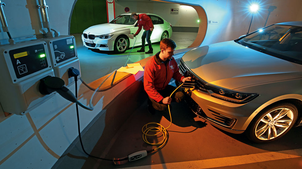 Los coches eléctricos e híbridos más vendidos en enero