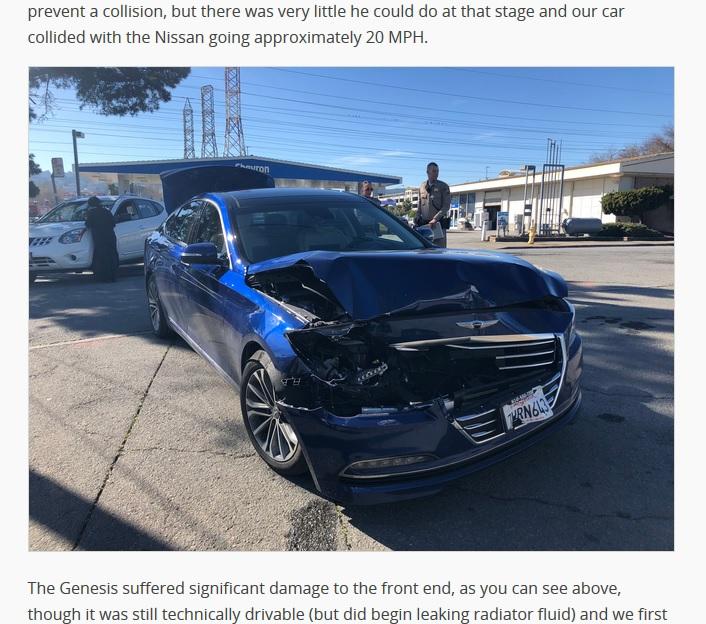 VÍDEO: la presentación de un coche autónomo acaba… ¡en accidente!