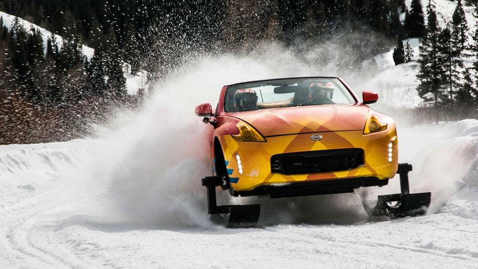 Nissan 370ZKi: el increíble descapotable con ruedas de oruga para la nieve (vídeo)