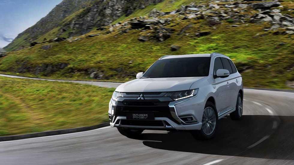 Mitsubishi Outlander PHEV 2019: el gran SUV híbrido enchufable se renueva