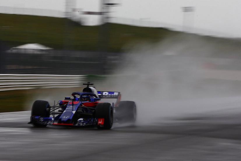 Primera foto del Toro Rosso STR13