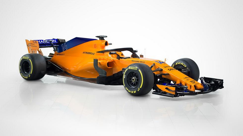 El McLaren MCL33 de Fernando Alonso, en movimiento (Vídeo)