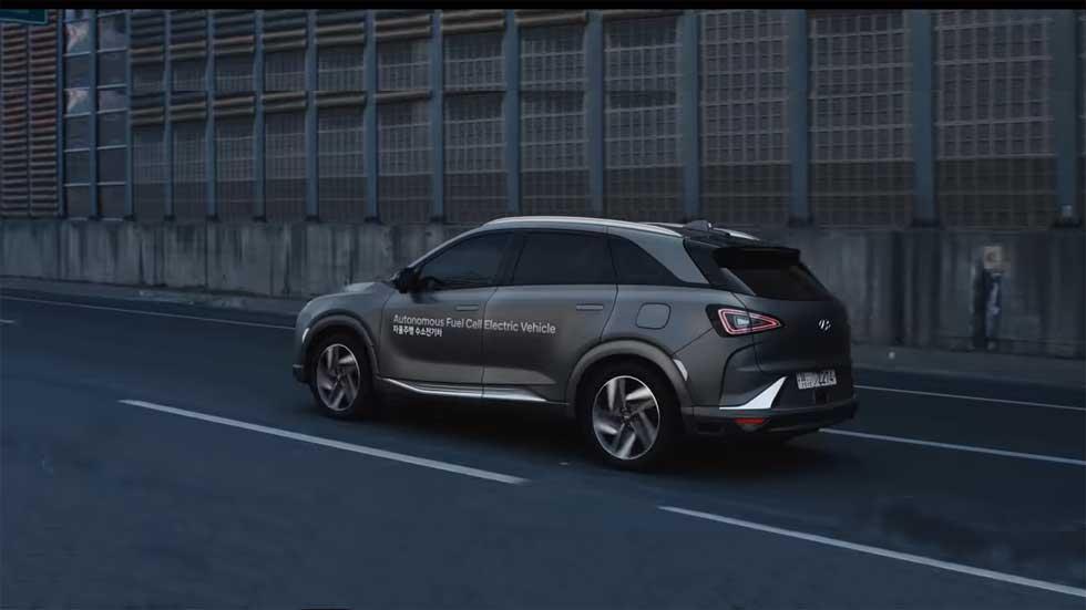 El coche que conduce solo de Hyundai, probado en tráfico real (Vídeo)