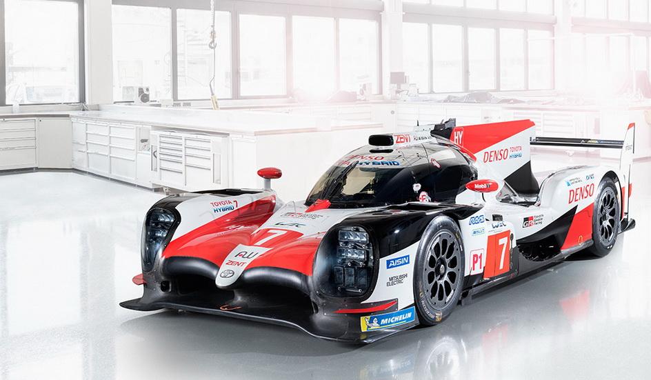 Fernando Alonso ha probado el Toyota en Motorland
