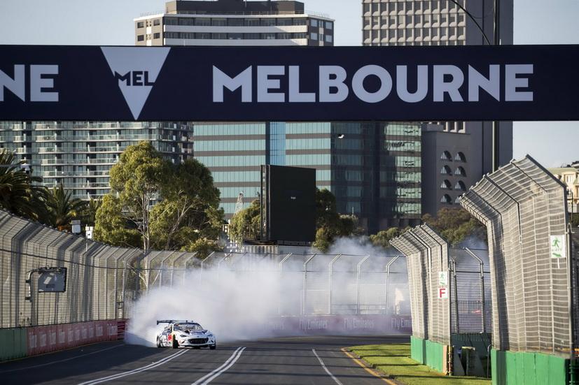 "GP de Australia de F1: Daniel Ricciardo hace ""drifting"""