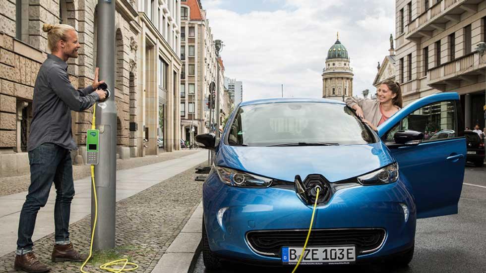 ¿Y si cada farola pudiera ser un punto de carga para coches eléctricos?