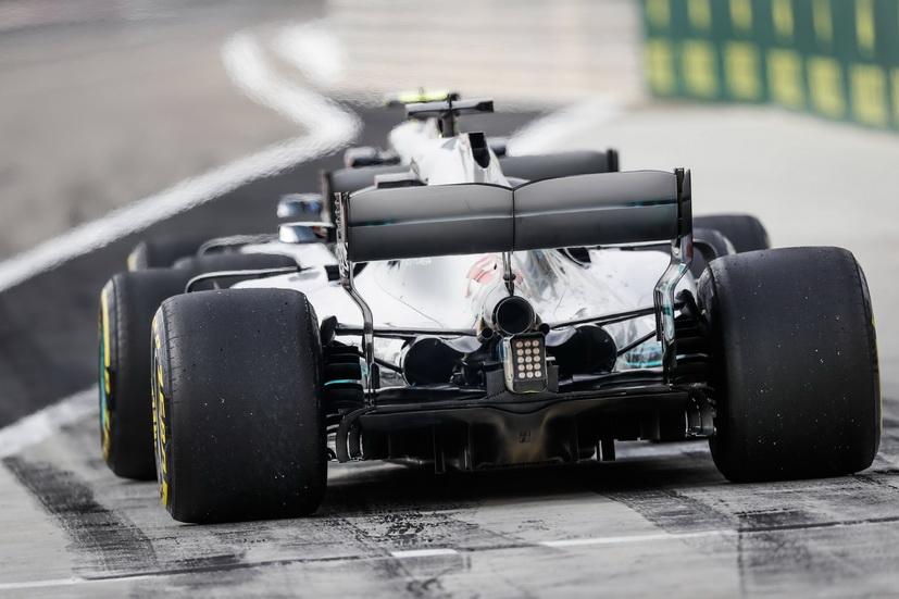 Pirelli fabricará neumáticos modificados para algunos Grandes Premios