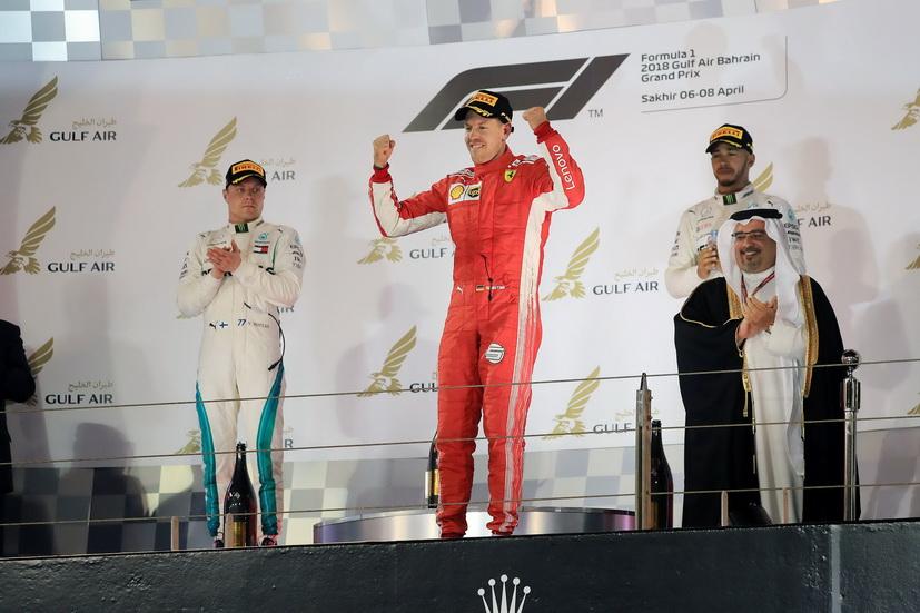 GP de Baréin de F1 (carrera): Vettel sigue liderando el mundial