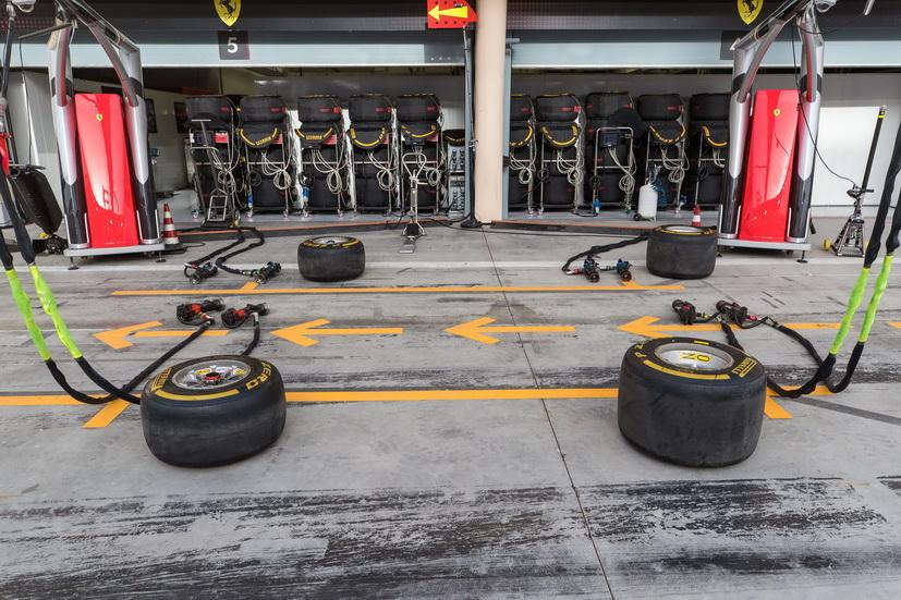 GP de Baréin de F1 (carrera): un mecánico de Ferrari con dos huesos rotos
